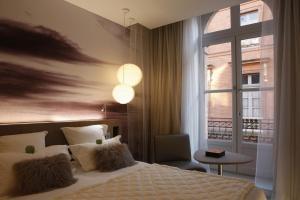 Le Grand Balcon Hotel (9 of 35)
