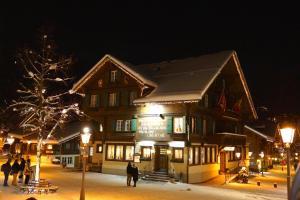 Posthotel Rössli - Hotel - Gstaad
