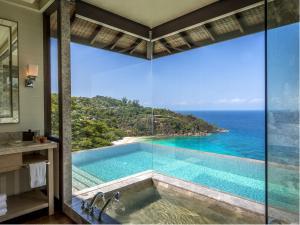Four Seasons Resort Seychelles..