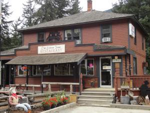 Old Towne Inne Chuckwagon Bar&Grill - Hotel - Boston Bar