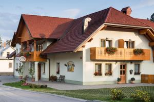 Penzion Kaps - Accommodation - Bled
