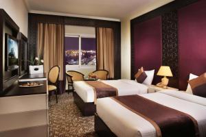 Carlton Tower Hotel, Hotely  Dubaj - big - 3