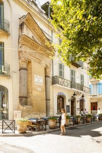 Location gîte, chambres d'hotes Grand Hôtel Nord-Pinus dans le département Bouches du rhône 13