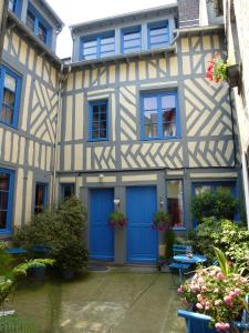 Reglisse et Pain d'Epices, Bed and breakfasts  Honfleur - big - 23