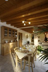 Le Favole Agriturismo, Venkovské domy  Sacile - big - 45
