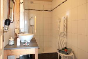 Maison d'hôtes Le Gros-Crêt, Bed & Breakfast  La Chaux-de-Fonds - big - 16
