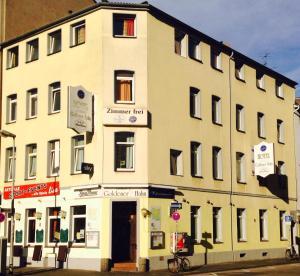 Hotel Goldener Hahn - Duisburg
