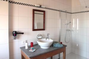 Maison d'hôtes Le Gros-Crêt, Bed & Breakfast  La Chaux-de-Fonds - big - 17