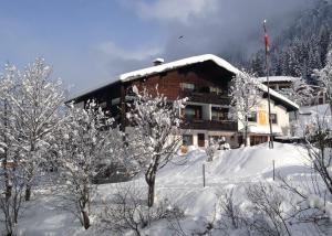 Gasthof-Pension Wulfenia - Hotel - Gargellen