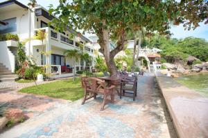 Crystal Bay Beach Resort, Resort  Lamai - big - 96