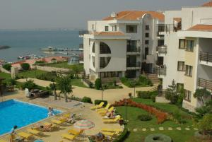 DIAMOND Apartcomplex - Sveti Vlas