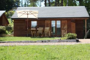 Location gîte, chambres d'hotes Volcans Vacances Les Chalets Du Lac dans le département Puy de Dôme 63