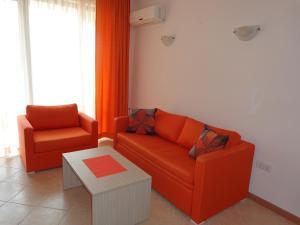 Sunny Beach Rent Apartments - Royal Sun, Apartmány  Slnečné pobrežie - big - 3