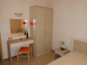 Sunny Beach Rent Apartments - Royal Sun, Apartmány  Slnečné pobrežie - big - 5