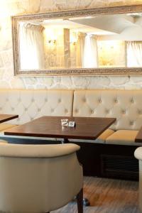Luxury Rooms Minjon, Bed & Breakfasts  Vrnjačka Banja - big - 42