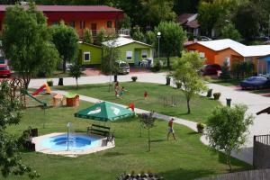 Chatova osada Family Resort - Budapest