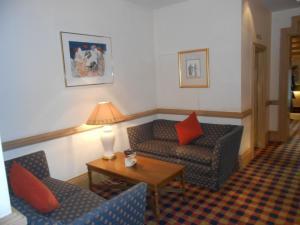 King Malcolm Hotel