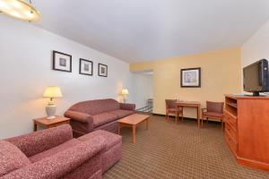 Magnuson Hotel and Suites Alamogordo, Hotels  Alamogordo - big - 91