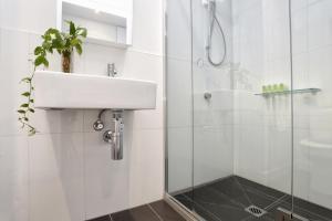 Aura on Flinders Serviced Apartments, Aparthotels  Melbourne - big - 4