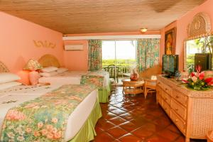 Coco Reef Resort & Spa, Resorts  Crown Point - big - 29