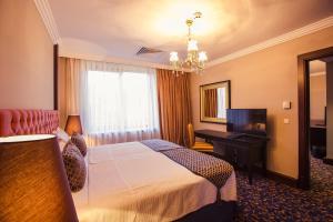 Intourist Batumi Hotel, Hotels  Batumi - big - 40