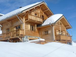 Location gîte, chambres d'hotes Odalys Chalet Jardin d'Hiver dans le département Savoie 73