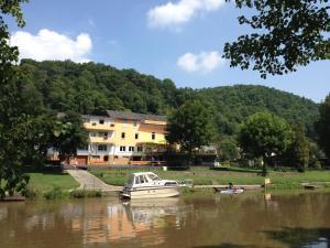 Gasthof zum Lahntal - Holzhausen an der Haide