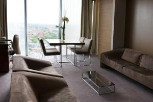 Hilton Manchester Deansgate (2 of 68)
