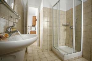Yakinthos Residence, Apartmánové hotely  Panormos Mykonos - big - 11