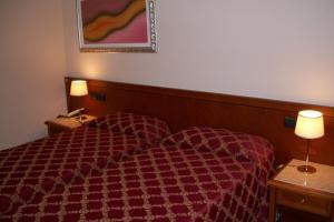 Hotel Olioso, Отели  Пескьера-дель-Гарда - big - 7