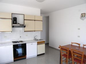 One-Bedroom Apartment (5 Adults) Apartments Medveja