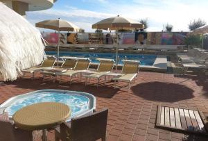 Color Metropolitan Beach Mi.Ma, Отели  Морской Милан - big - 12