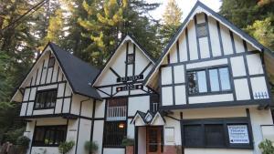 Rio Nido Lodge - Guerneville