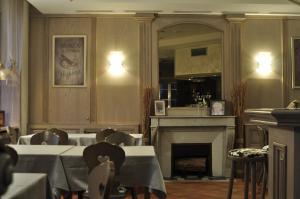 Hôtel Du Herrenstein, Hotely  Neuwiller-lès-Saverne - big - 12