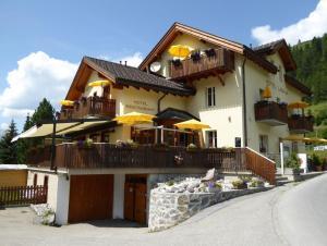 Hotel Ladina - Bergün / Bravuogn