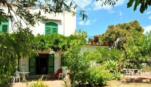 Seafront Apartments Gardenhouse - AbcAlberghi.com