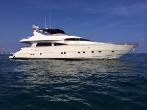 Leigh Yacht