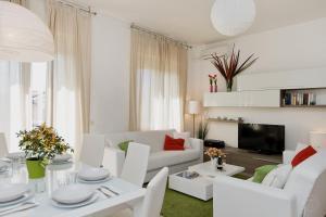 Terrace Apartments, Apartmány - Rím