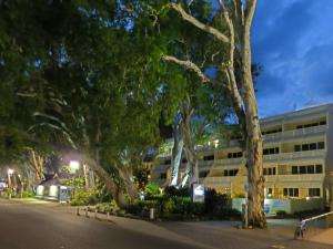 Marlin Waters Beachfront Apartments, Aparthotels  Palm Cove - big - 43