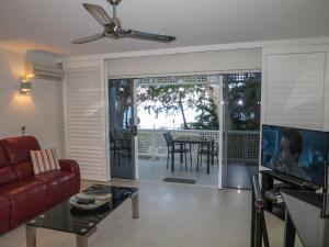Marlin Waters Beachfront Apartments, Aparthotels  Palm Cove - big - 69