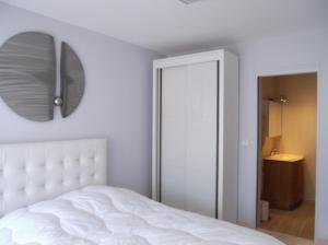 Apartement Maréchal Gallieni, Apartmány  Cannes - big - 8