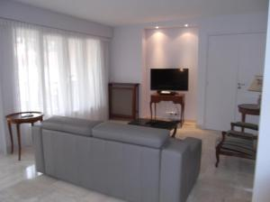 Apartement Maréchal Gallieni, Apartmány  Cannes - big - 2