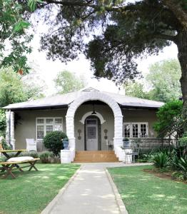 Ginnegaap Guesthouse
