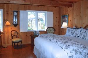 Carmel Garden Inn, Bed & Breakfast  Carmel - big - 11