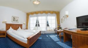 Park Hotel Bellevue, Отели  Доббиако - big - 2