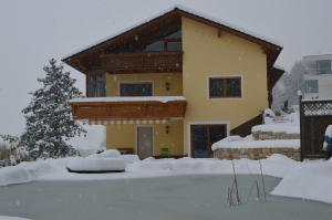 Haus Margit, Homestays  Schlierbach - big - 19