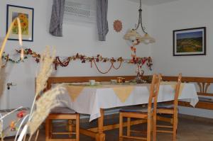 Haus Margit, Ubytování v soukromí  Schlierbach - big - 8