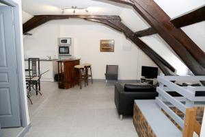 Appartement de charme, Ferienwohnungen  Honfleur - big - 24