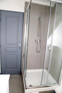 Appartement de charme, Ferienwohnungen  Honfleur - big - 34