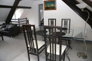Appartement de charme, Ferienwohnungen  Honfleur - big - 29